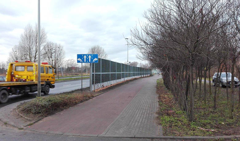 Toruń: ekrany akustyczne przy ulicy Olimpijskiej już stoją