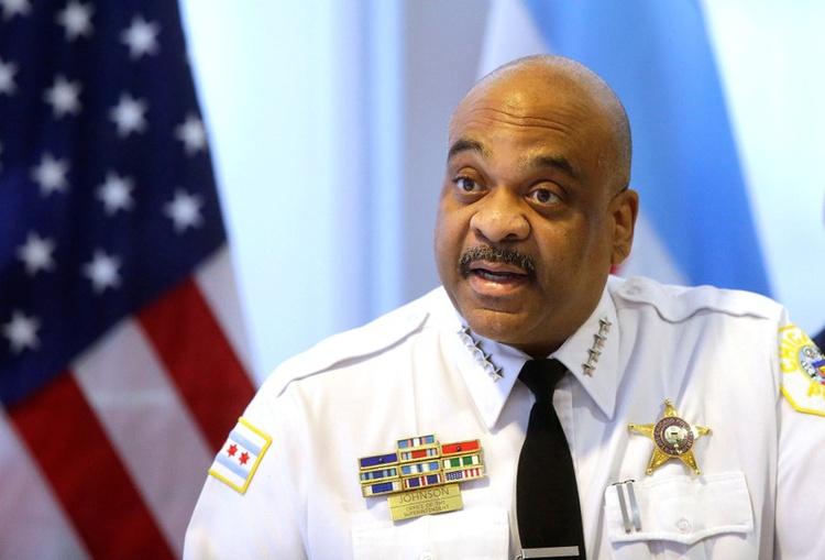 Eddie Johnson nadal będzie szefem chicagowskiej policji