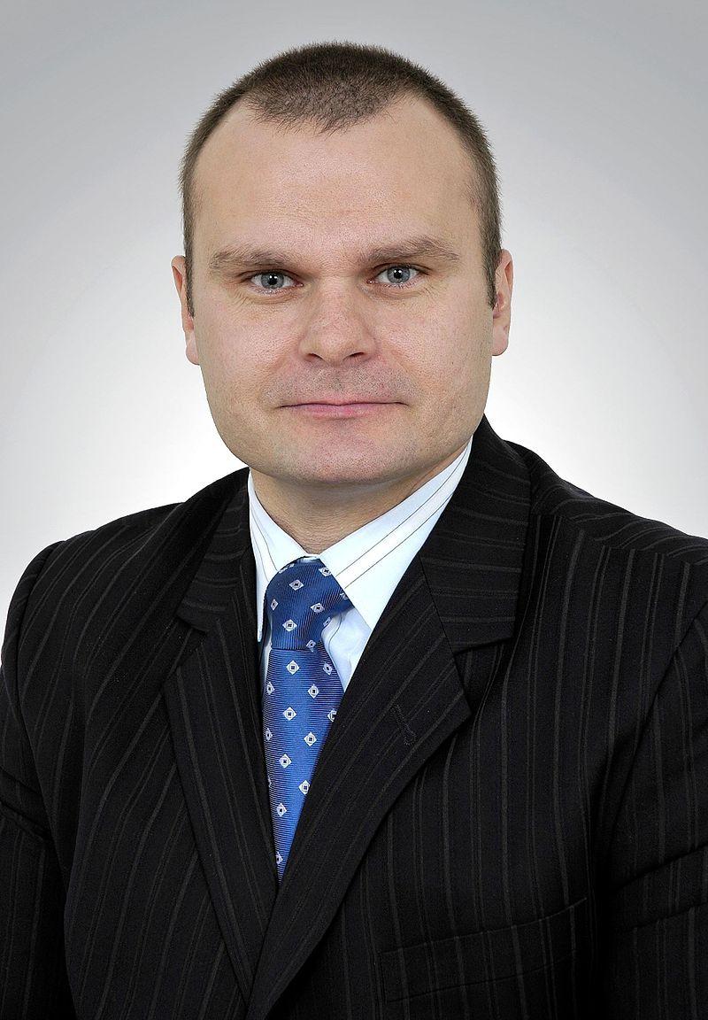 Łódzki senator Platformy Obywatelskiej Maciej Grubski usłyszał zarzuty. Prokuratorzy zarzucają mu popełnienie 4 przestępstw