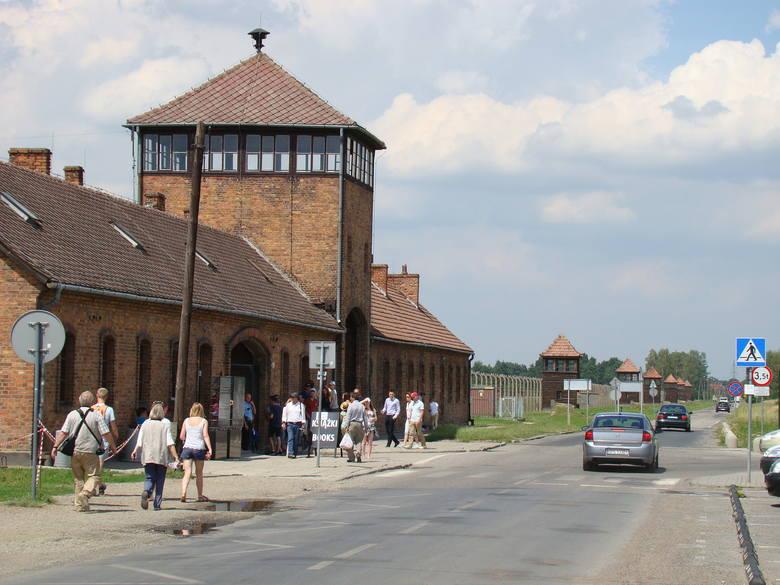 Auschwitz: Rekordowa liczba odwiedzających