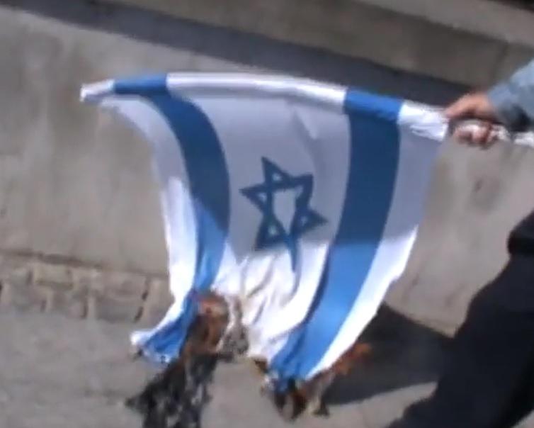 Niemcy: Wiele antyizraelskich demonstracji z antysemickim podtekstem