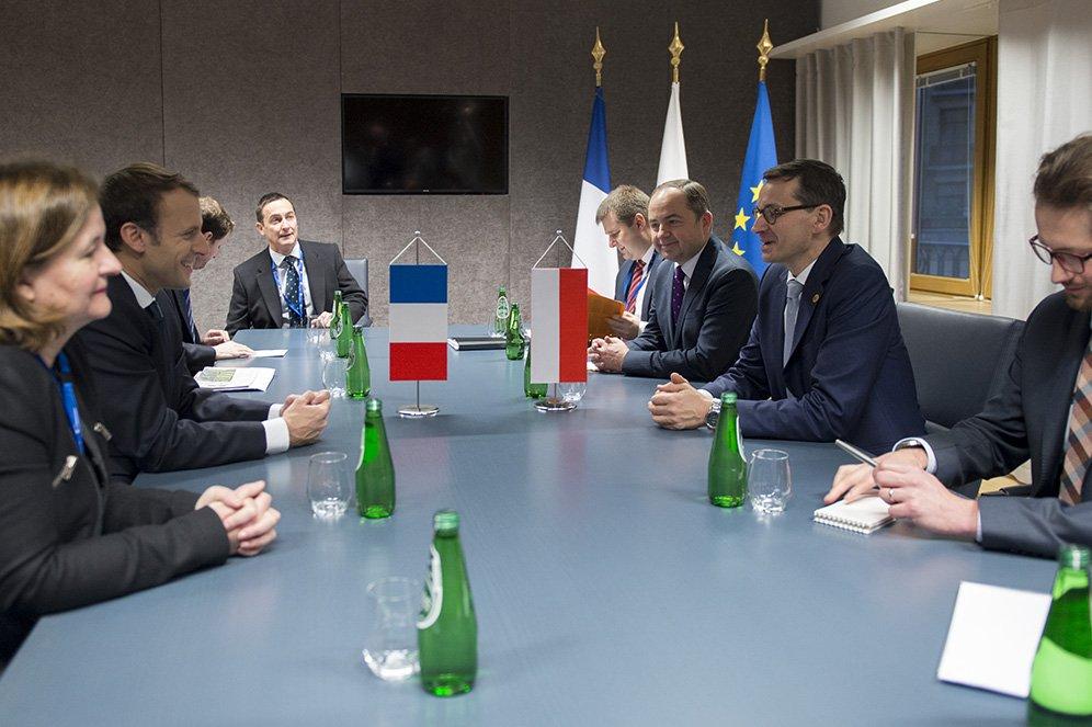 """Premier Morawiecki o planowanej wizycie Macrona w Polsce: """"Mam nadzieję na nowe otwarcie"""""""