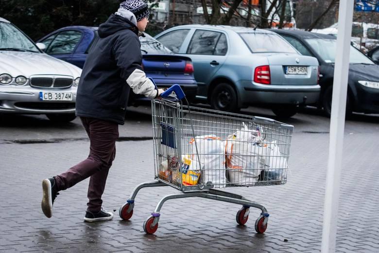 Ukraińcy wydali w polskich sklepach i hotelach 7,5 mld zł