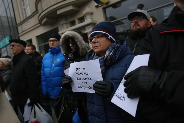 Katowice: Zmiana nazwy placu Szewczyka na Marii i Lecha Kaczyńskich, prawie 6 tys. podpisów przeciw decyzji wojewody