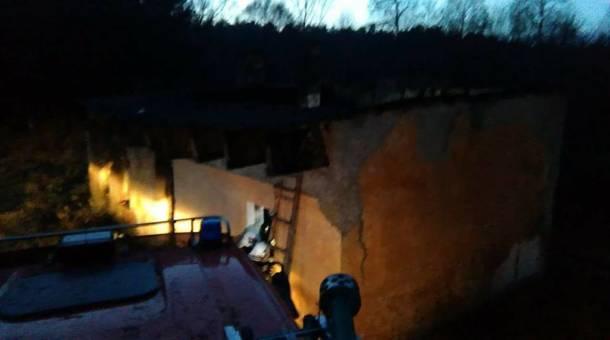 Opolskie: Makabryczne odkrycie w Kaziopolu. Trzy zwęglone ciała