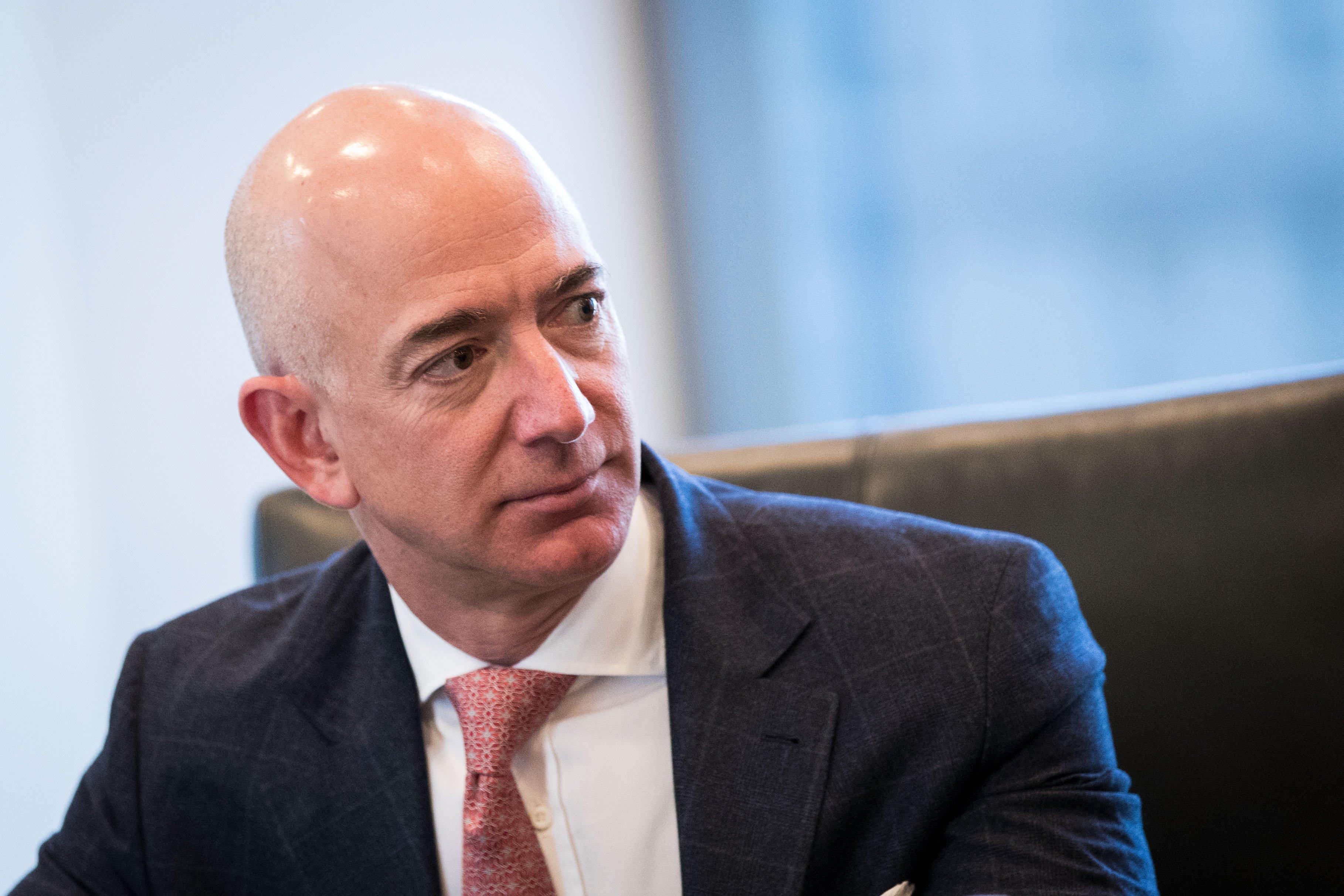 Jeff Bezos przekazał 33 miliony dolarów na fundusz edukacyjny dla Dreamersów