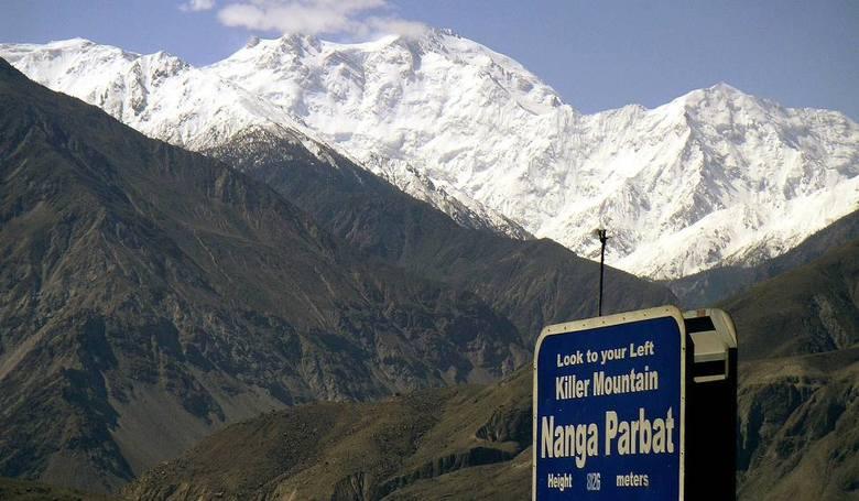 Zła pogoda pod Nanga Parbat uniemożliwia poszukiwania zaginionych himalaistów
