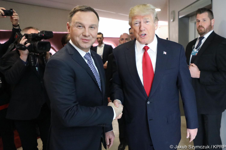 Davos: Krótko rozmowa w kuluarach prezydenta Dudy z Donaldem Trumpem