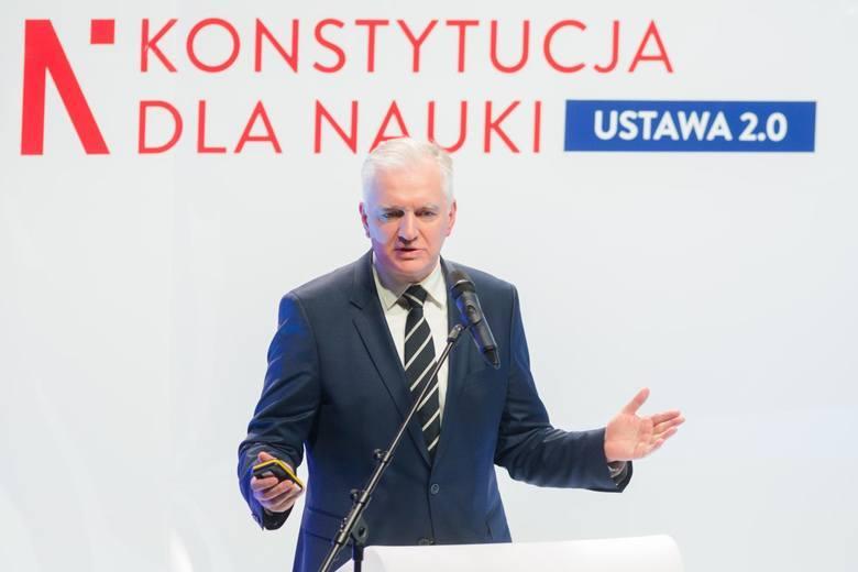 """Konstytucja dla Nauki. Minister Jarosław Gowin: """"Pracownicy nauki zarobią więcej"""""""