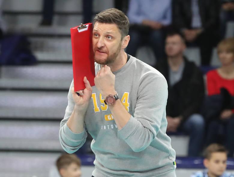 Trzech kandydatów na trenera siatkarskiej reprezentacji Polski