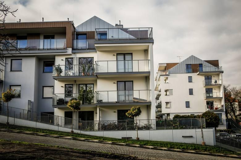 Ponad 70 proc. nowych mieszkań Polacy kupują za gotówkę