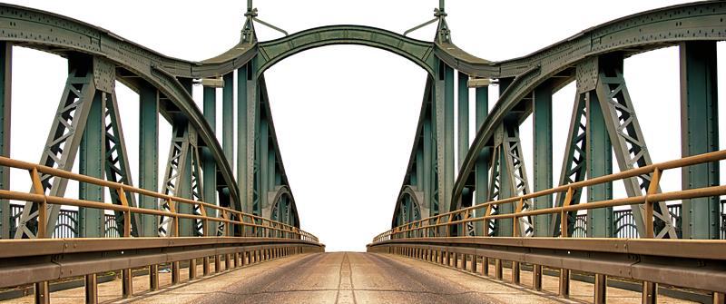 Szef brytyjskiego MSZ Boris Johnson chce połączyć Wielką Brytanię i Francję mostem