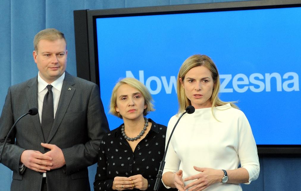 Nowoczesna złożyła w Sejmie projekt ustawy o przemocy ekonomicznej wobec kobiet