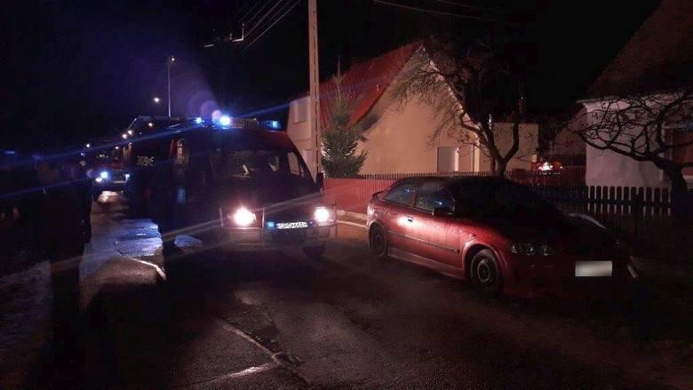 Tragiczny pożar w Chróścicach pod Opolem. W spalonym budynku strażacy znaleźli zwłoki dwóch osób