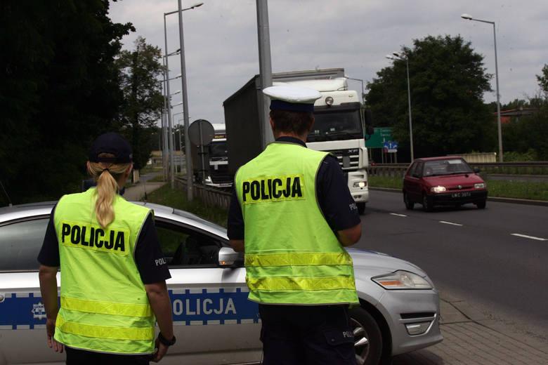Szef MSWiA zapowiada podwyżki dla policjantów