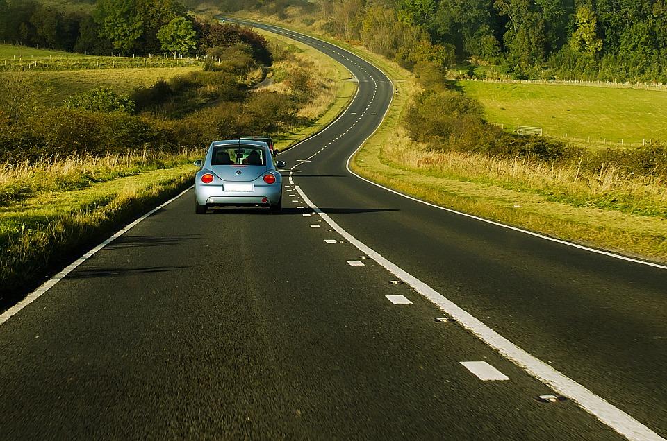 LPG w aucie? Tania jazda i dbałość o środowisko. Pozostaje tylko pytanie: montować gaz, czy kupić samochód, które już posiada instalację?