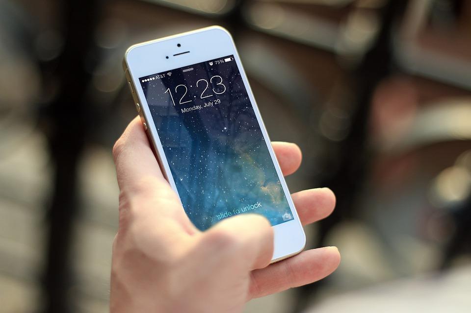 Okręg szkolny w Michigan zakazał uczniom korzystania z telefonów