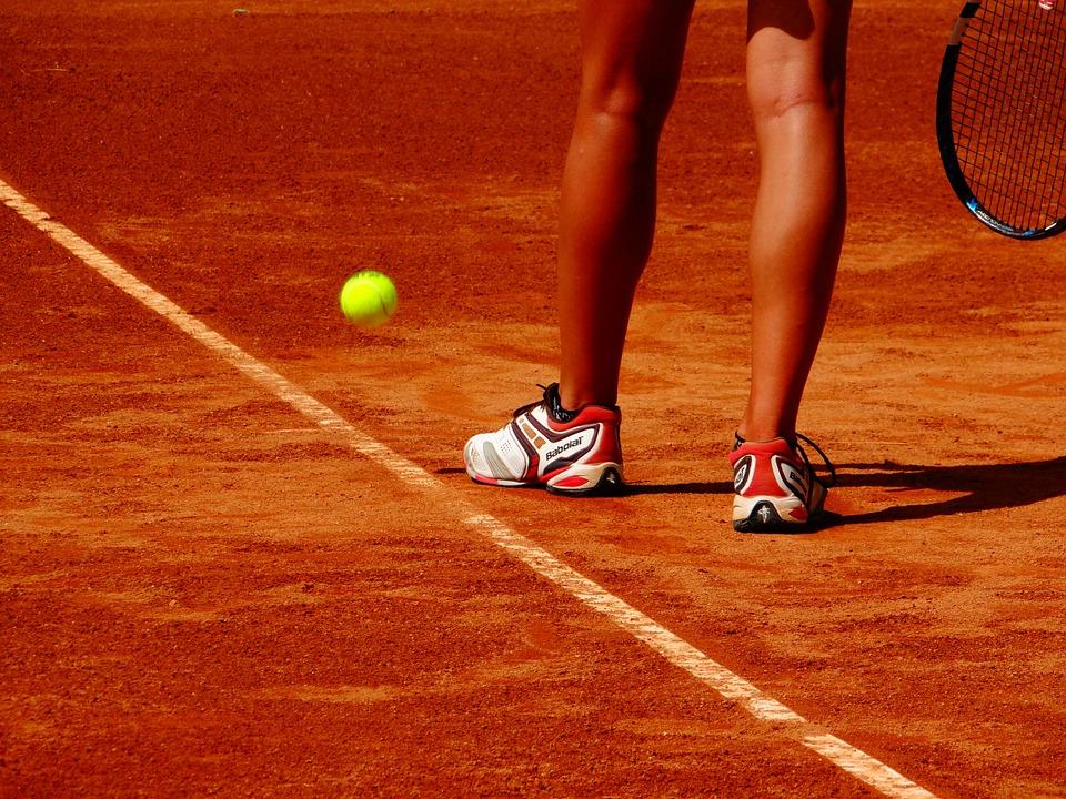 WTA/ATP Sydney. Huragan Giorgi zdmuchnął Radwańską. Kubot i Melo w finale