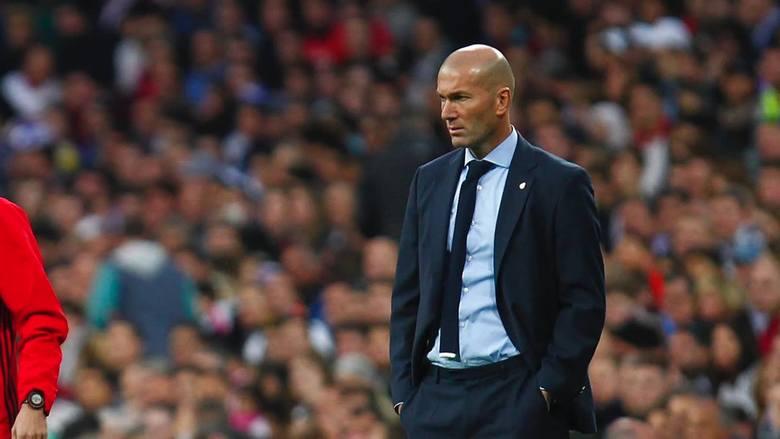 """Zinedine Zidane przedłużył kontrakt z Realem do 2020 roku. """"To o niczym nie świadczy"""""""