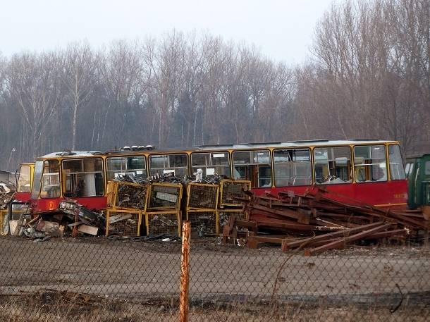 Cmentarzysko tramwajów: Czy wiecie co dzieje się z wysłużonymi wagonami?