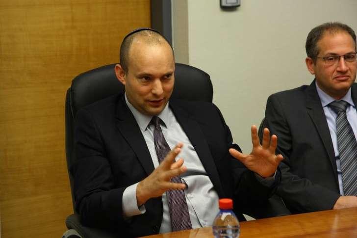 Izrealski minister Naftali Bennett nie przyjeżdża do Polski