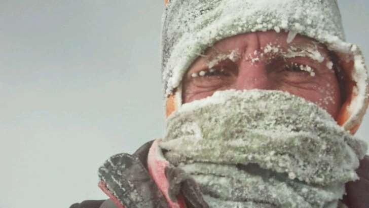 Denis Urubko przerwał atak szczytowy na K2 i schodzi. Polscy himalaiści ruszyli w stronę obozu C3