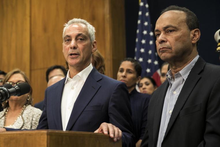 Rahm Emanuel i Luis Gutierrez w marcu odwiedzą Portoryko