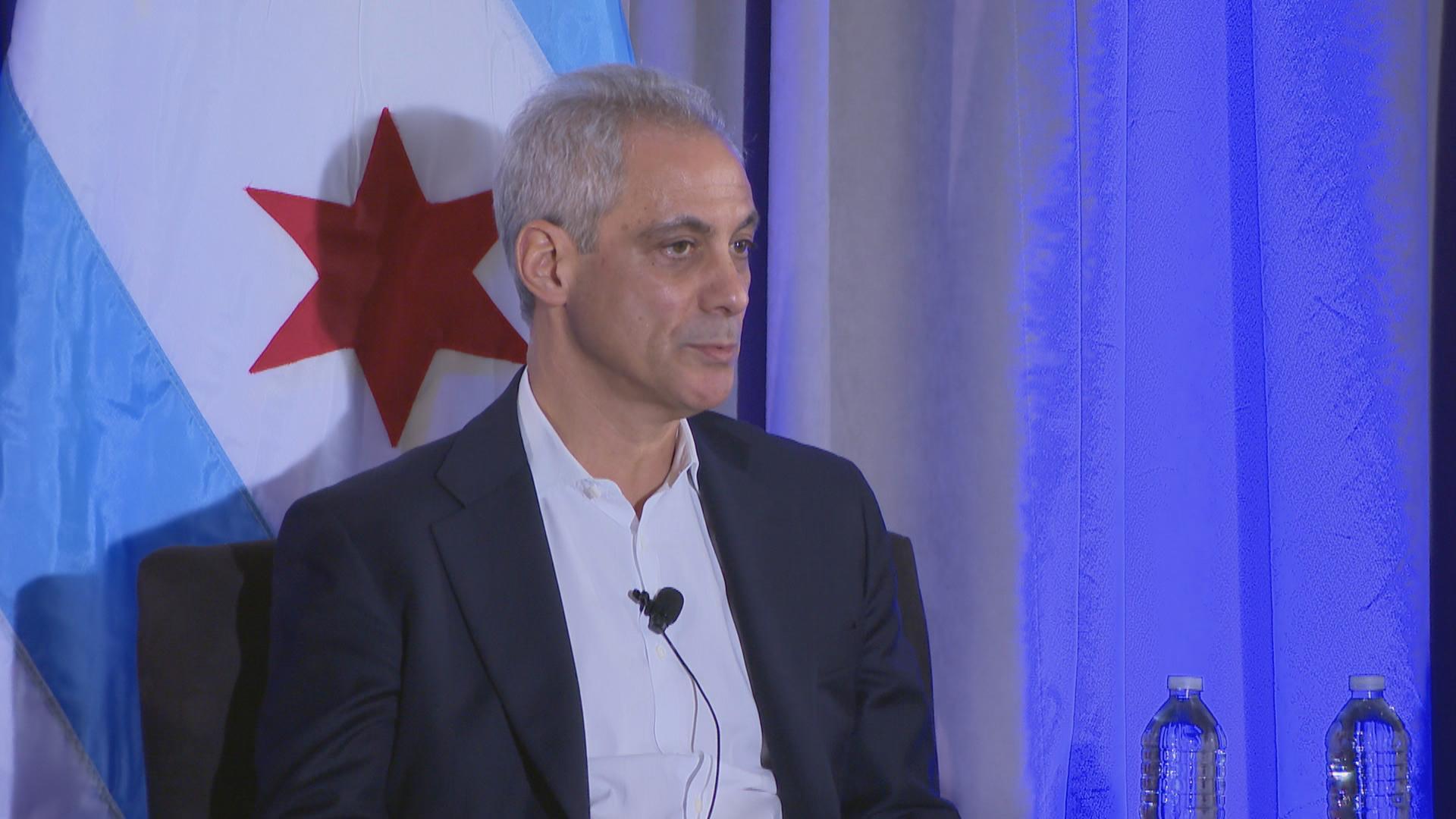 Burmistrz Rahm Emanuel poszerzył o 12 szkół katolickich program stypendialny Star