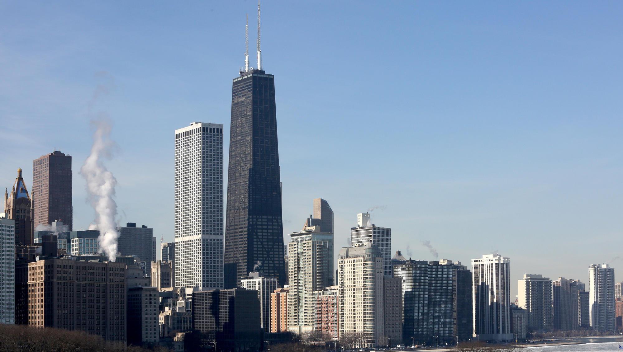 Ludzie utknęli w windzie chicagowskiego wieżowca