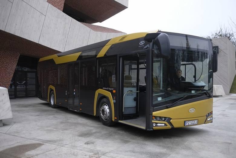 Toruń kupił 21 autobusów Solaris