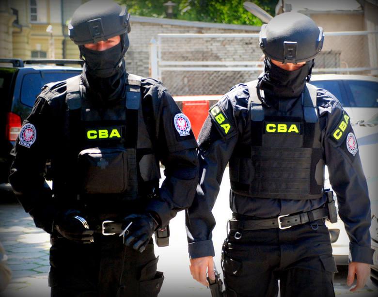 CBA zatrzymuje kolejne osoby w związku z wynajmem i sprzedażą nieruchomości w Krakowie