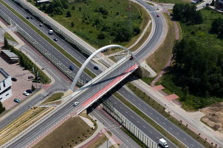 Macron: Zmniejszenie do 80 km/h dozwolonej prędkości na drogach krajowych zwiększy bezpieczeństwo