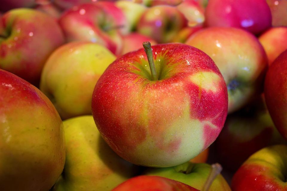 Rosja broni się przed polskimi jabłkami