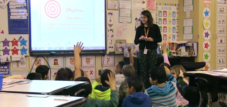 Senat zgodził się na podwyżkę płacy nauczycieli w Illinois do minimum 40 tysięcy dolarów rocznie