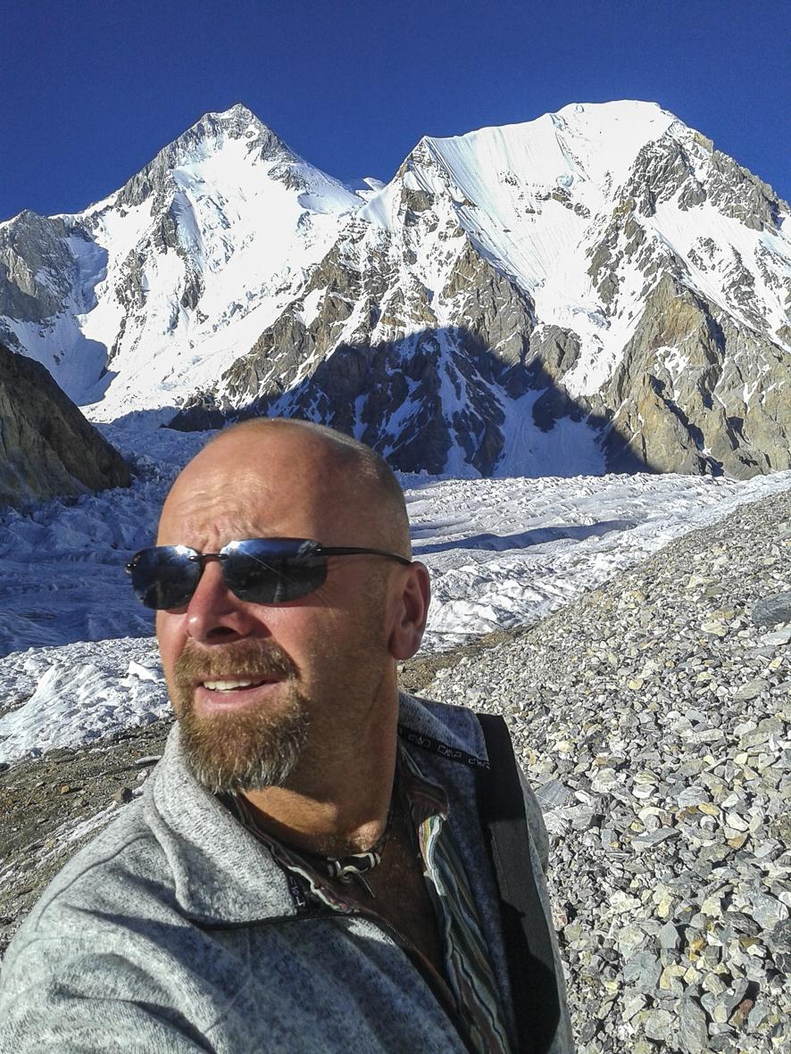 Narodowa Wyprawa na K2: Rafał Fronia w szpitalu