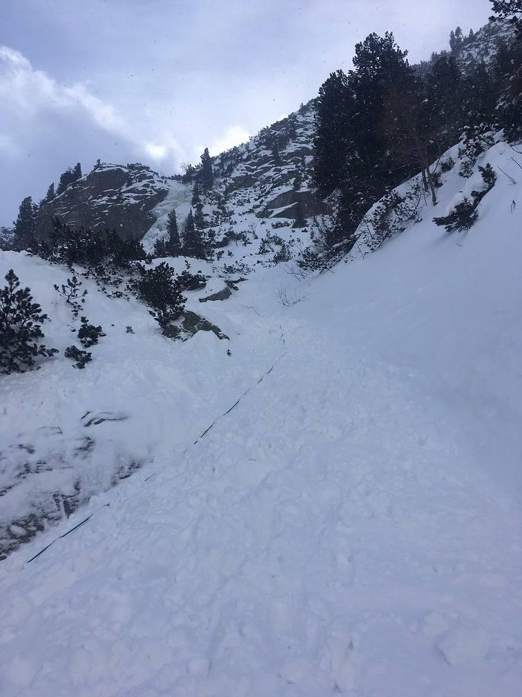 W Tatrach i w Karkonoszach obowiązuje trzeci stopień zagrożenia lawinowego
