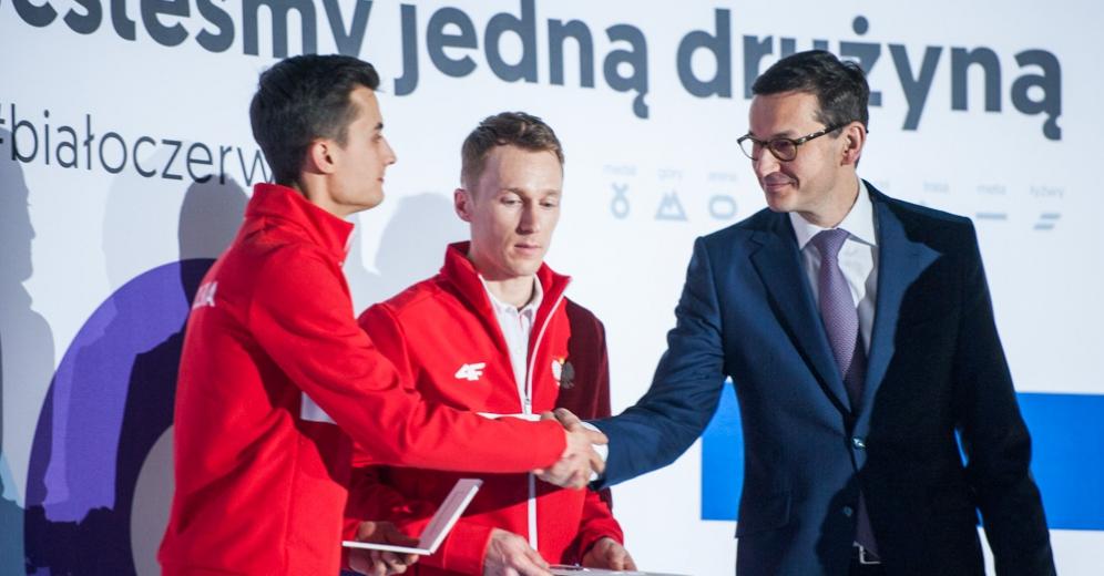 Zimowe Igrzyska Olimpijskie: Dzień ślubowań. Morawiecki: Budujcie markę Polski