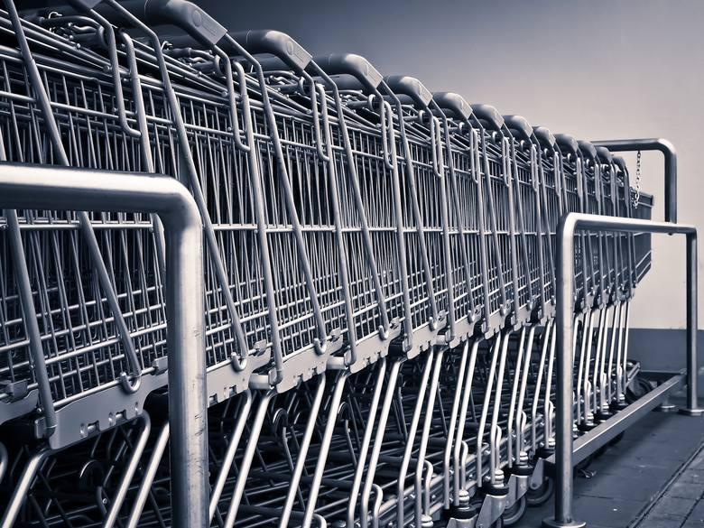 Zakaz fotografowania produktów i ich cen w sklepach. Obowiązuje czy nie?