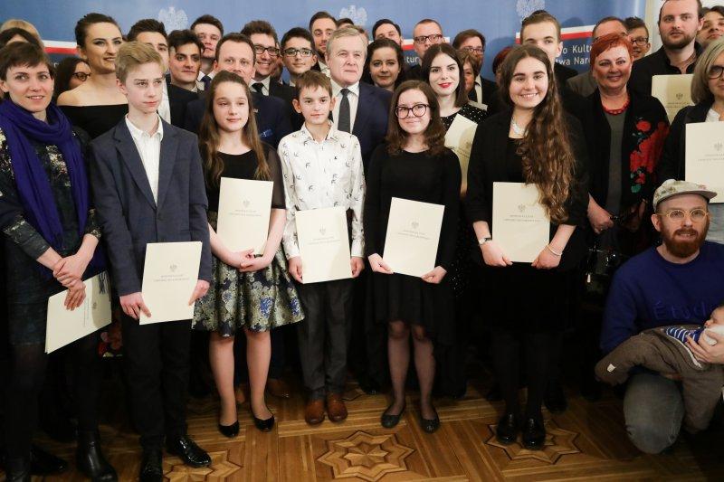 """97 artystów otrzymało stypendia MKiDN """"Młoda Polska"""""""