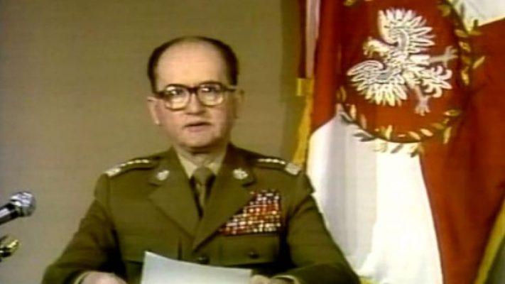 Jaruzelski i Kiszczak nie zostaną zdegradowani. Prezydent zawetował ustawę
