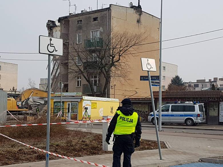 Wybuch na Dębcu w Poznaniu: Nie wiadomo, kiedy rodziny będą mogły zabrać z mieszkań swoje rzeczy