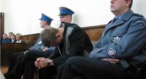 Wrocław: Sąd ma zdecydować o wypuszczeniu z więzienia Tomasza Komendy niesłusznie oskarżonego o brutalny gwałt i zabicie 15-latki w 1997 roku