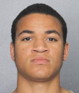 Brat Nikolasa Cruza aresztowany w Marjory Stoneman Douglas High School