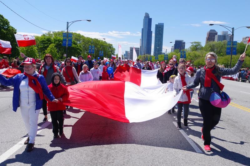 Przygotowania do Parady 3 Majowej w Chicago