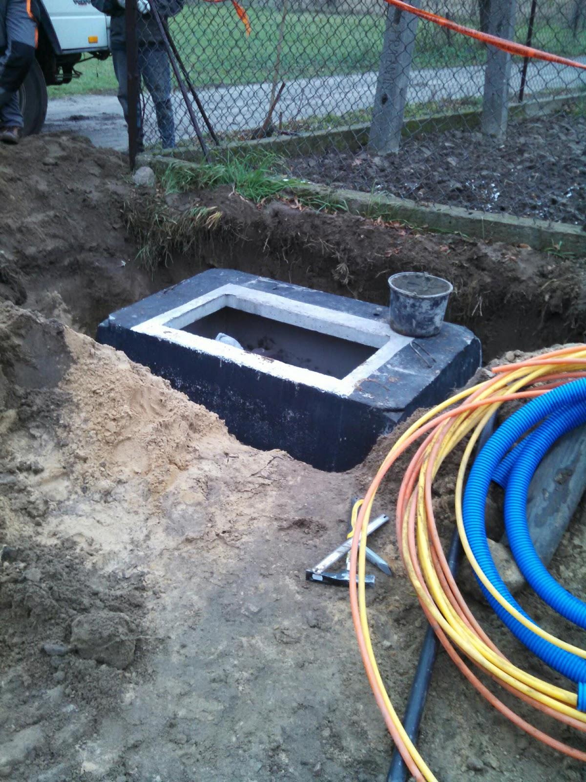"""Morawiecki o budowie sieci światłowodowej: """"Dzisiaj internet, zwłaszcza szybki, jest nieraz ważniejszy niż ciepła woda w kranie"""""""