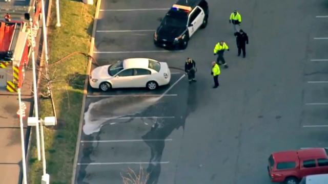 Indiana: 3-latka postrzeliła matkę w samochodzie