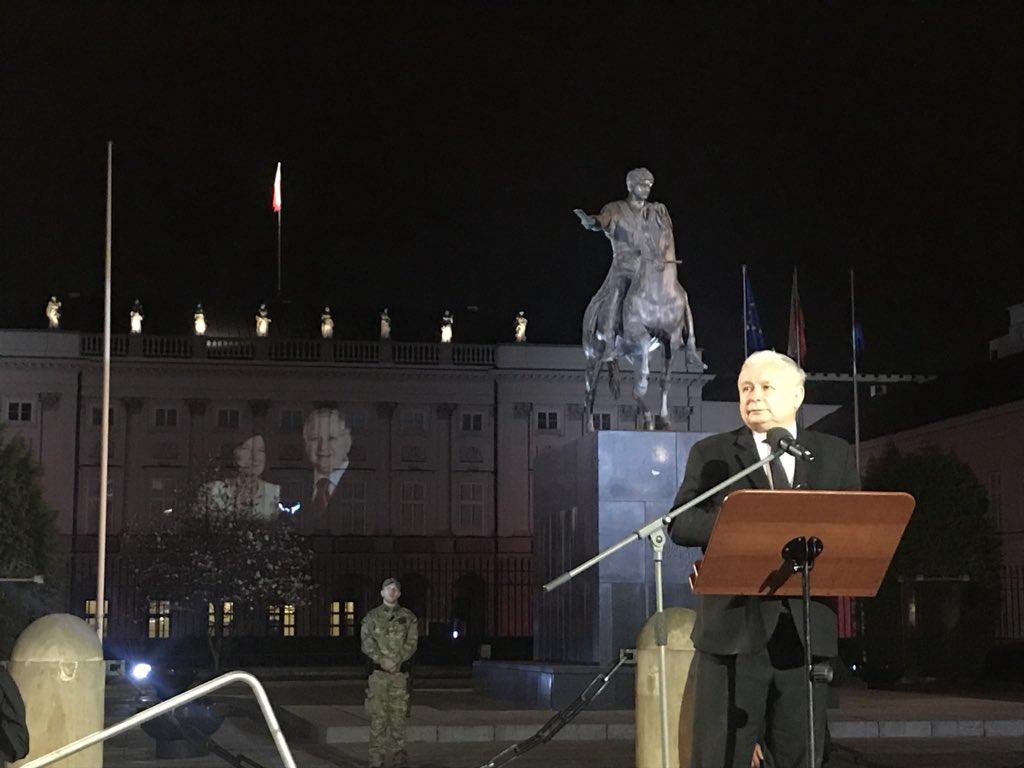 Kaczyński: Są raporty wstępne w sprawie katastrofy, czekamy na raport ostateczny