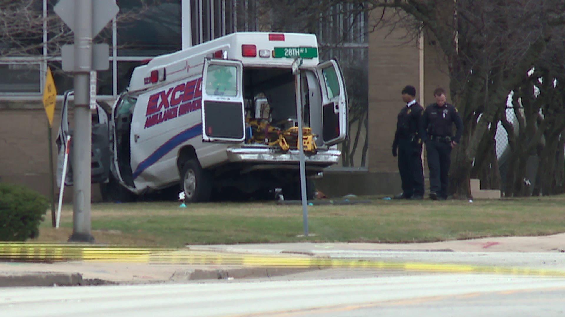 Wypadek karetki w Bellwood. Zginęły 3 osoby