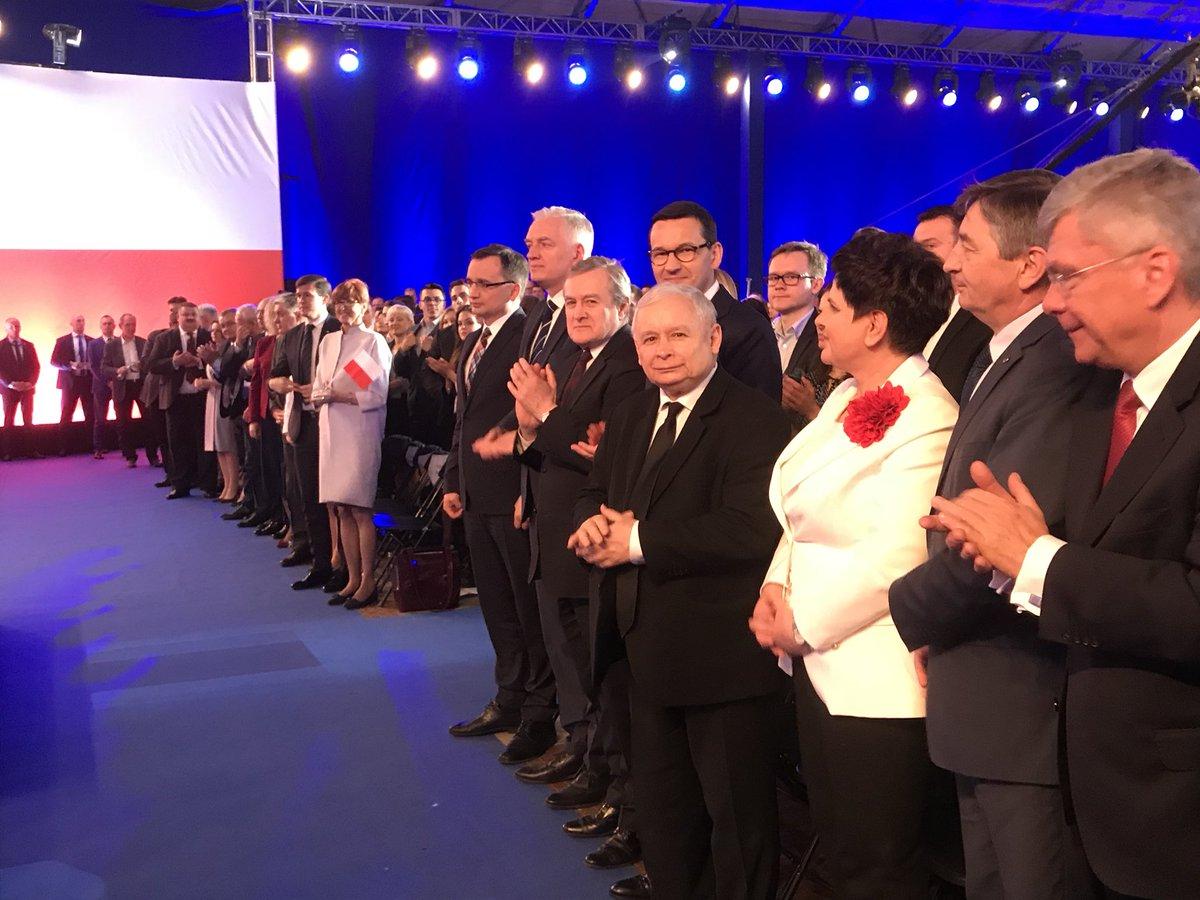 Politycy PiS rozpoczęli serię spotkań z wyborcami