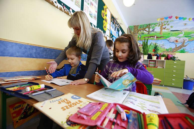 Dyrektor szkoły może zdecydować o skróceniu lekcji w upały